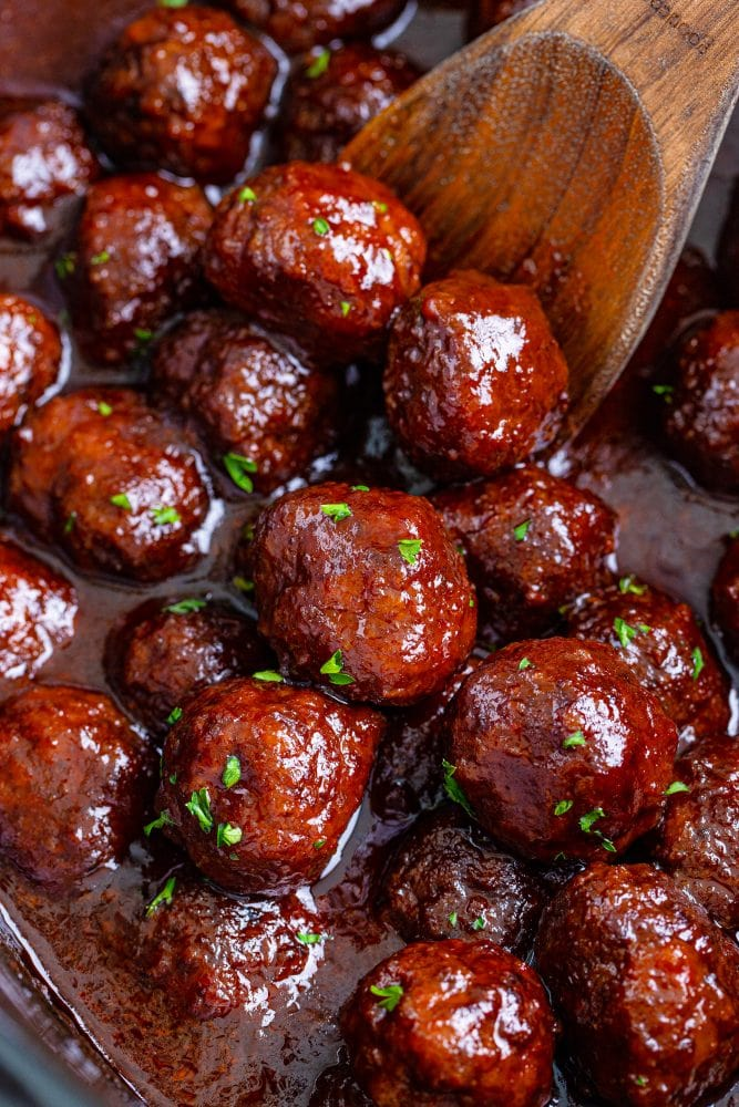 picture of grape jelly meatballs in a slow cooker