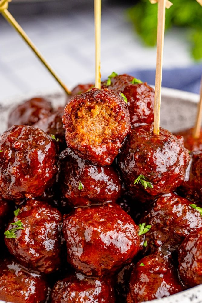 picture of grape jelly meatballs in a bowl
